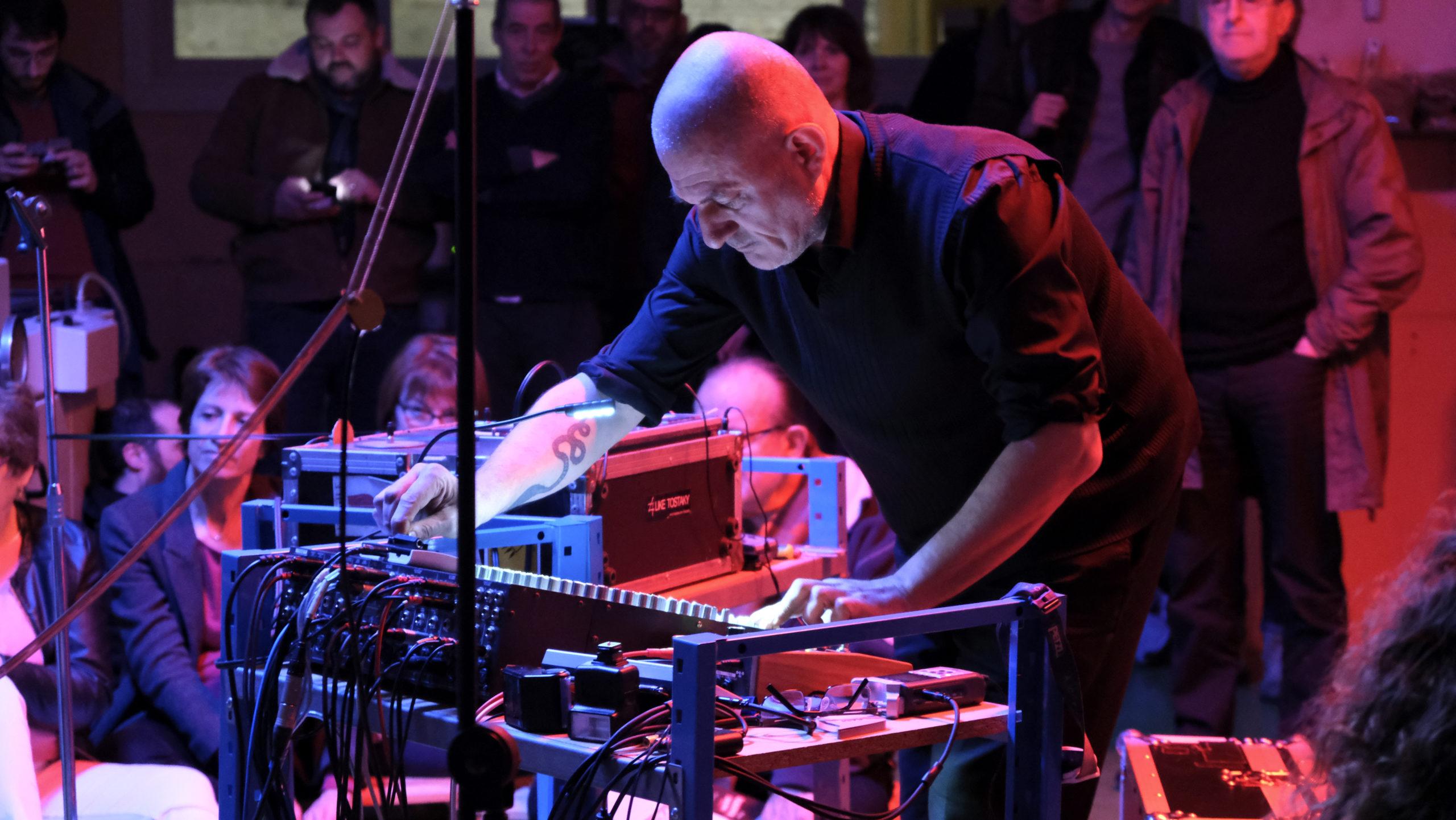 Jérôme Noetinger à l'électronique