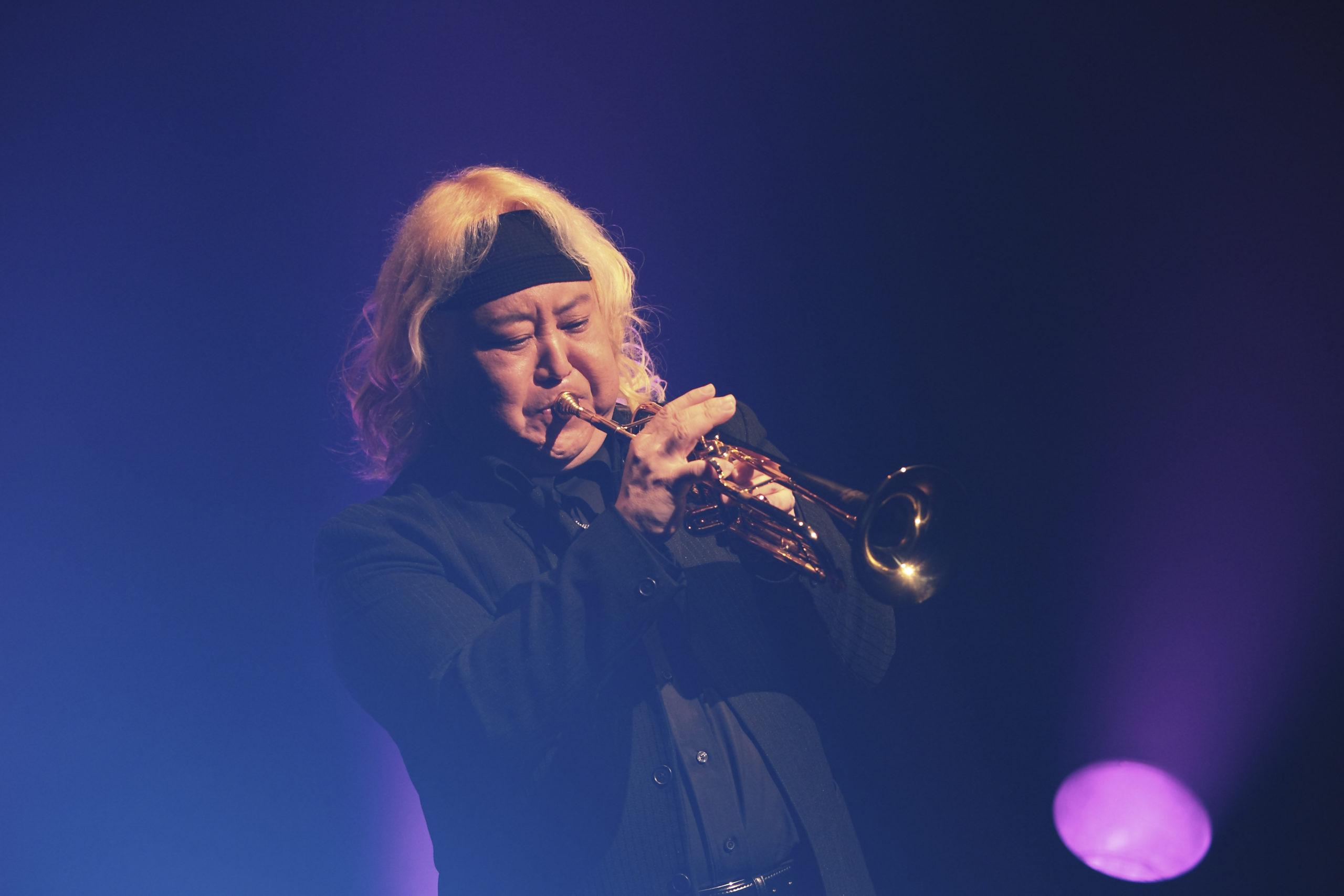 Eric Miyashiro à la trompette