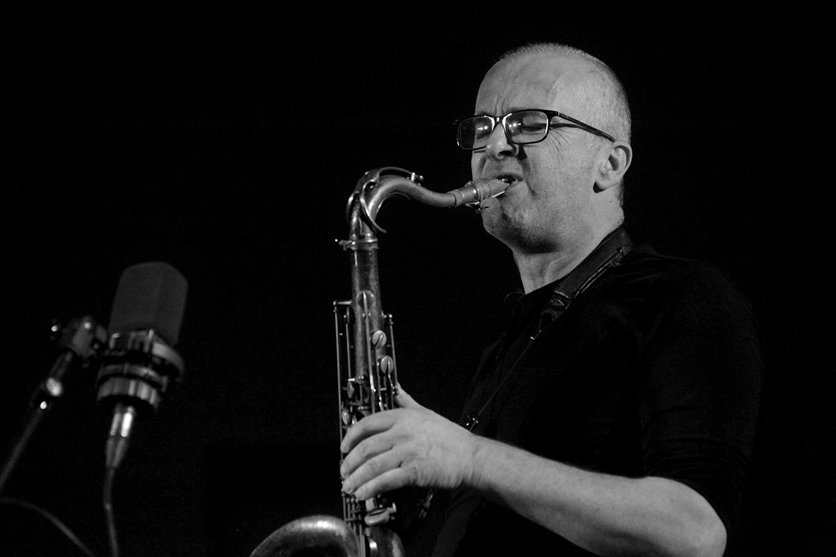 Bertand Denzler au saxophone